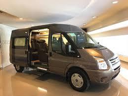 Transit Limousine trung cấp
