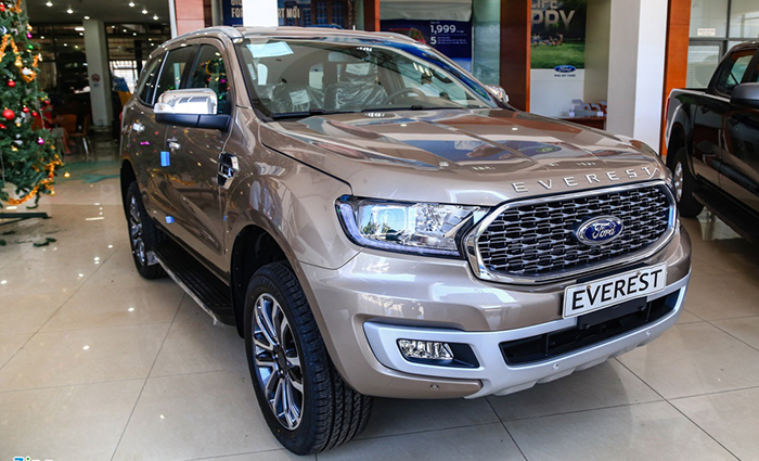 Ford Everest Mới9