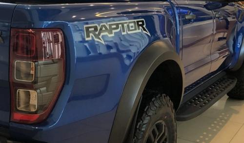 body-dang-sau-cua-ford-ranger-raptor