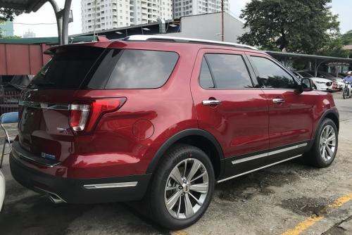 ford-explorer-limited-mau-do-6