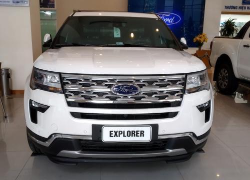 ford-explorer-limited-mau-trang-3